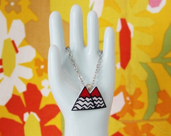 Twin Peaks Black Lodge Dainty Charm Necklace
