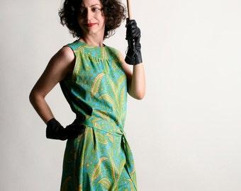 Vintage 1960s Dress - Bright Mint Green Paisley Tunic Dress with Sash - Small Medium