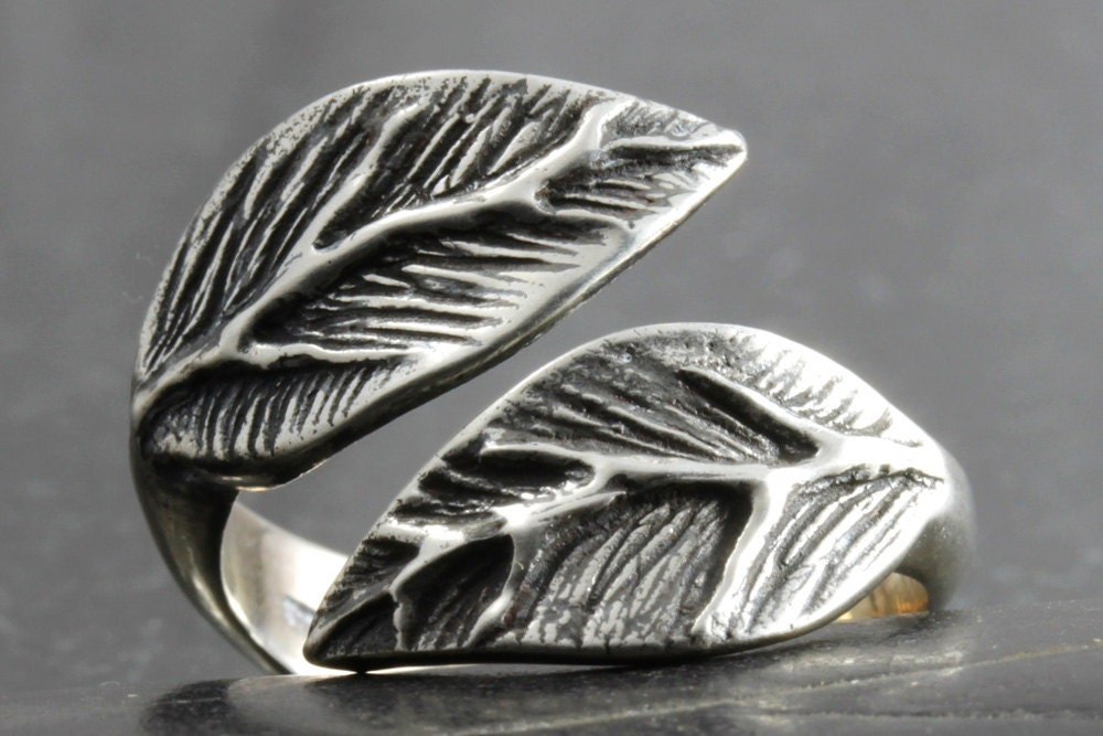 leaf ring in sterling silver available in various adjustable