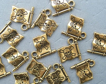1pc Pirate Flag, Pirate Charm, Jolly Roger, Gold Plated, Gold Tone, Skull Charm, Skull and Crossbones, Bracelet Charm, Pendant, DIY Jewelry