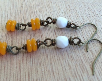 C205 University of Tennessee Team Color Earrings