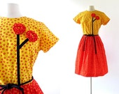 Swirl Wrap Dress / 60s Floral Dress / Swirl Dress / Vintage 1960s Dress / M L