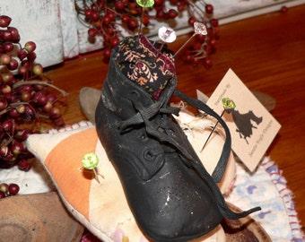 Primitive Pin Keep ( Pincushion),  Home Decor, Vintage shoe,  Quilt, vintage pins, baby shoe, repurposed quilt, repurposed shoe,    HAFAIR