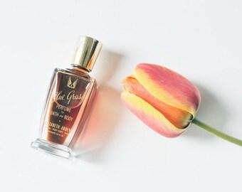Elizabeth Arden Blue Grass Perfume for Body and Bath 1/2 Fluid Oz / Vintage