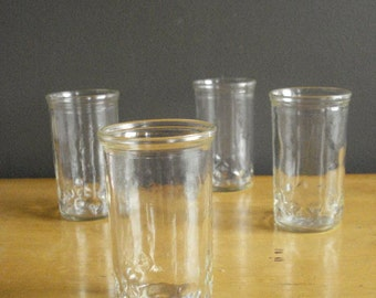 Drinking Diamonds III - Vintage Set of 4 Tiny Diamond Patterned Juice Glasses