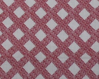 """Vintage Red and White Basketweave Lightweight Cotton Fabric 35"""" Selvage ~ 1-3/4 Yards"""