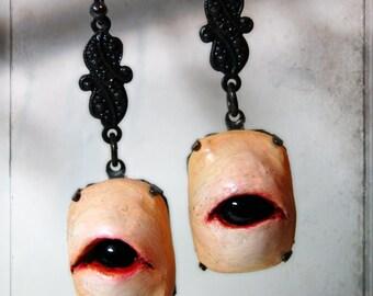 creepy eye - earrings  - wearable art, handsculpted, handpainted, creepy, halloween, horror, eyeball, ooak, black