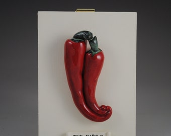 The Kiss with Ceramic Chili Peppers Pepper Red Green and White for the Kitchen