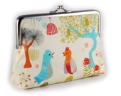 Purse with chirpy birds