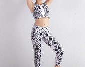 Black and White Crop Top -  Organic Yoga Top - Yoga Top - Yoga Clothing - Crop Top
