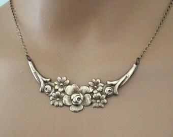 Vintage Necklace - Collar Necklace - Boho Necklace - Flower Necklace - Brass jewelry - handmade jewelry