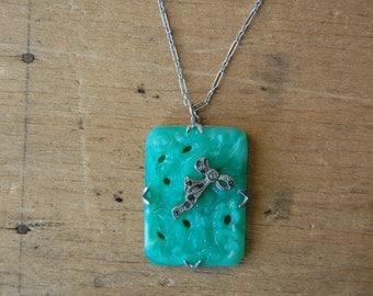 Antique Art Deco Peking Glass pendant with bow ∙ Peking Glass pendant