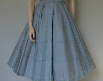 1950s Minx Modes Powder Blue Taffeta New Look Party Dress // Decoratively Banded // Bow Detail // Full Sweep // Cinderella Princess
