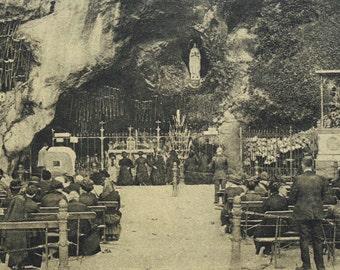 Vintage Lourdes Postcard - La Grotte