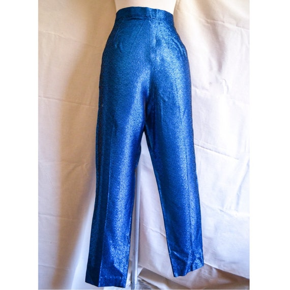 Blue cigarette trousers, Blue woman trueiupnbp.gqpants that will be essential to your trueiupnbp.gq itsankle length and cigarette shape, these stylish pants will be perfect for the trueiupnbp.gq with a buckle trueiupnbp.gq pockets and welt pockets on the backTwo hooks and zipper in.
