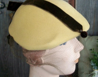"VINTAGE Wool HAT, Ladies Tan Hat w/Brown Velvet Trim, Rhinestone Accents, Made by ""Carol"", 1940's-1950's, Superb Collection Piece!"