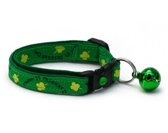 St. Patrick's Day Cat Collar - Happy St Patricks Day on Green - Small Cat / Kitten or Large Cat Collar