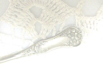 Free US Ship Rogers Floral Nickel Silver Demitasse Spoon //
