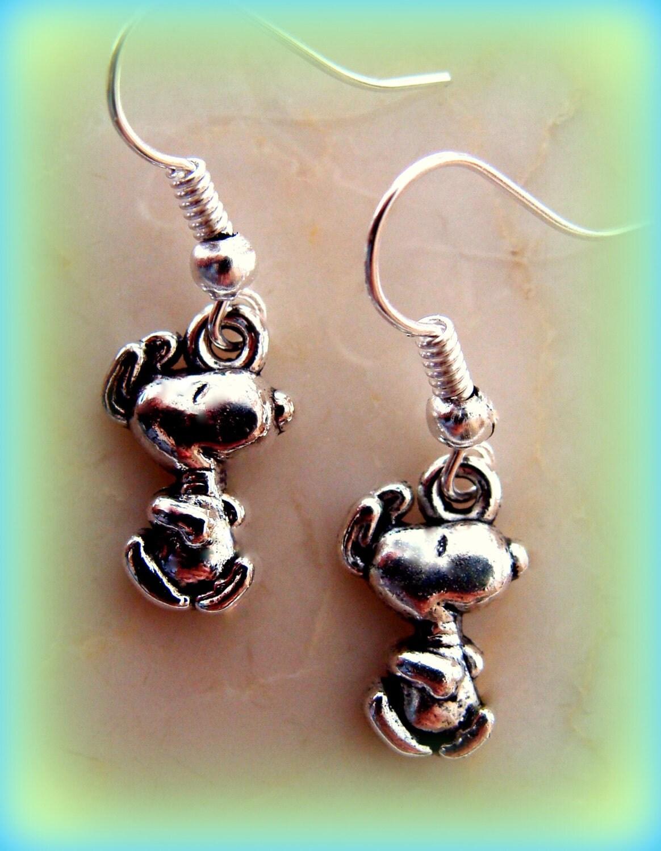 happy snoopy earrings jewelry peanuts browns
