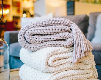 Chunky Knit Throw Blanket // THE NANTUCKET - FISHERMAN