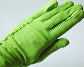 1950s Green Gloves - Vintage Gloves