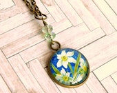 daffodils upcycled stamp pendant, glass cabochon pendant, romantic, vintage style, antique brass