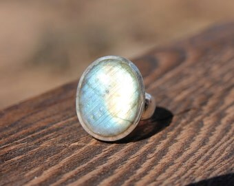 PRICE REDUCED Dazzling Labradorite Ring - US Size 8 - Solid Sterling Silver - Labradorite Jewelry - Metaphysical