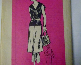 Mail Order 4524 Women's Middy Sailor Blouse and Skirt Sewing Pattern Size 10 - 12 Bust 32 1/2 & 34