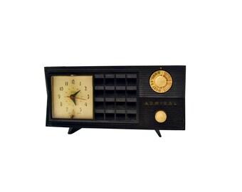 Vintage Black Admiral Clock Radio Mid Century Atomic AM Tube Radio, Bakelite Telechron Clock Radio, Clock Works Radio Does Not