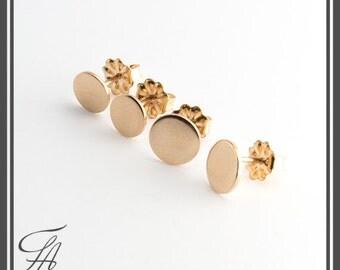 Minimalist Earrings,Flat Earrings,Disc Earrings,Dot Earrings,Post Earrings,Stud Earrings,Gold Earrings,Handmade Earrings,Gift Earrings