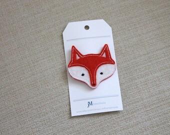 Fox wool hair clip
