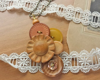 Vintage Buttons Pendant Necklace, Wired Necklace, Mixed Media, Upcycled Jewelry