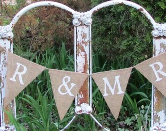 Mr and Mrs Burlap Banner, Bunting, Garland, Pennant, Photo Prop, Wedding Decor