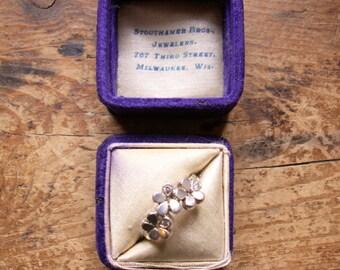 Vintage Deep Purple Velvet Ring Box -  Engagement Ring Box - Vintage Wedding