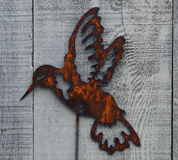 Hummingbird garden stake rusty metal art garden decor for Hummingbird decor