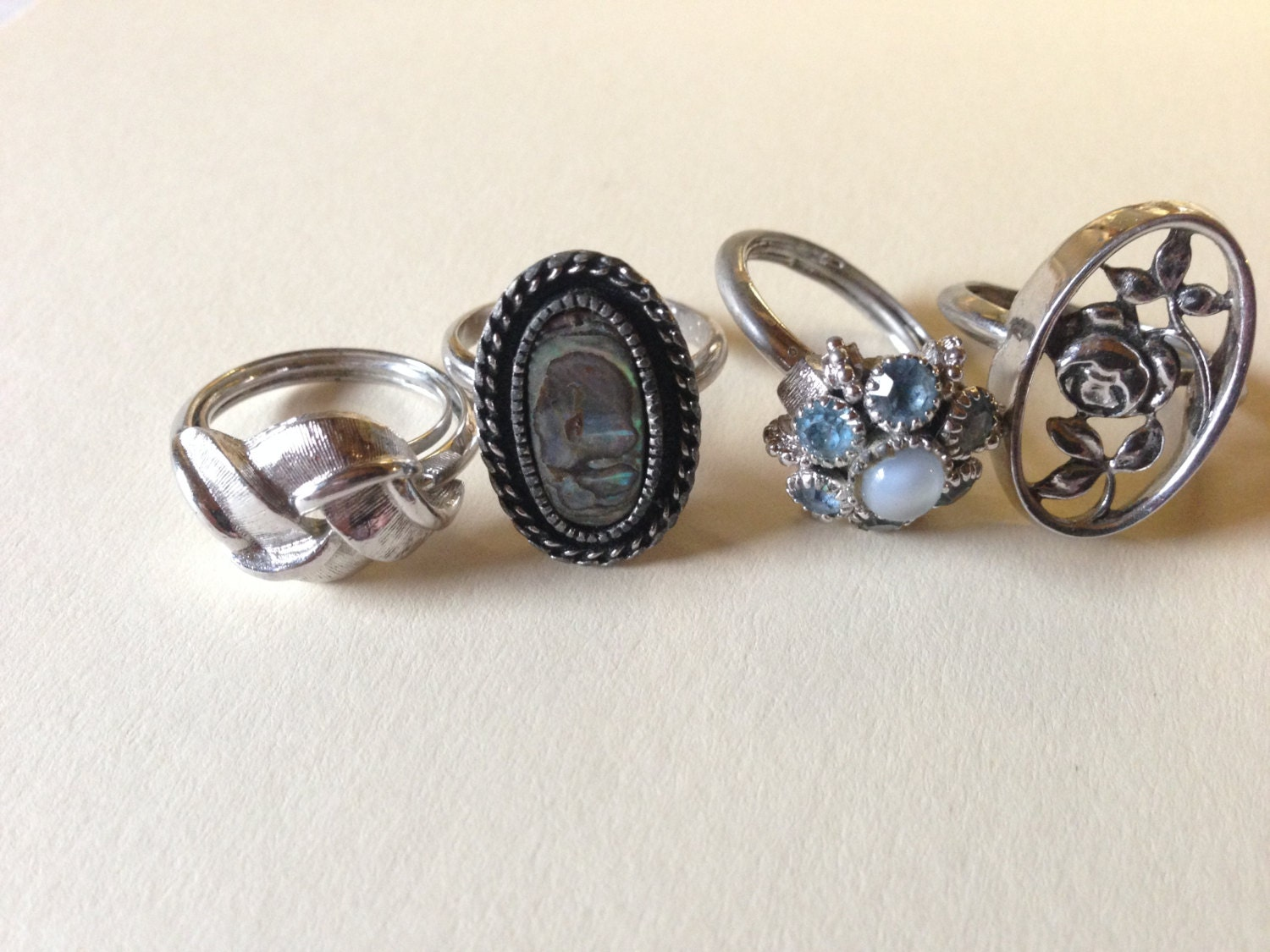 Avon Antique Costume Rings Rhinestone Vintage Lot 726