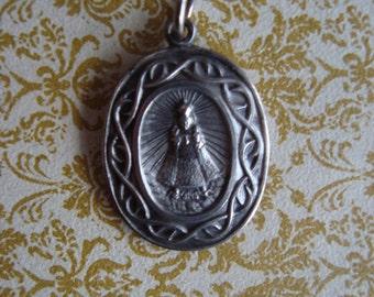 Vintage Infant of Prague Religious Medal