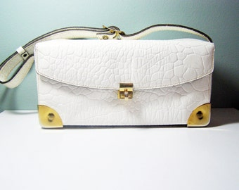 CLOSING Sale - White Resort Handbag, Vintage RONAY Embossed White Leather Purse from LorettasCache - Summer Box Purse, Fun and Luxurious