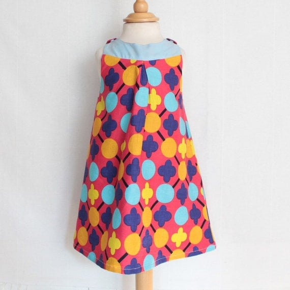 Girl shift dress with sixties inspiration | fushia pink & blue | Retro inspired summer dress with african prints and african fabric