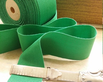 "1.5""  Vintage Sawtooth Edge Petersham Rayon/Cotton  Millinery Ribbon Trim in the Perfect Kelly Green"