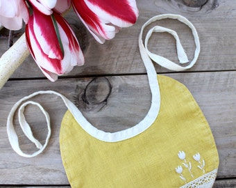 Yellow Baby Bib with Lace and Hand Embroidered Flowers. 100% Linen (Flax). 1st Easter Bib. Ready to Ship