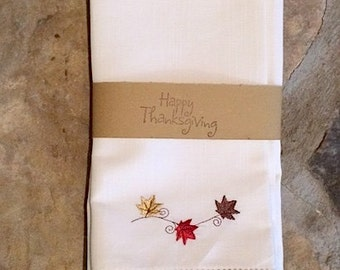 Blowing Leaves Thanksgiving Cloth Napkins, set of 4, thanksgiving napkins, thanksgiving dinner napkins, leaf napkins, thanksgiving table