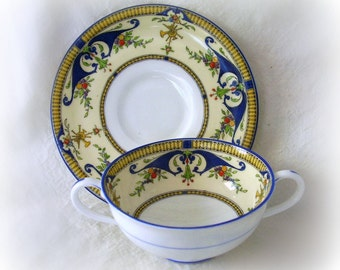 Royal Worcester BORDEAUX Vintage Cream Soup Bowl with Saucer Set - Vintage and Rare - REDUCED PRICE - Excellent Condition - Hand Painted
