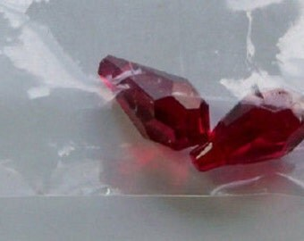 Teardrops Swarovski Crystal (6000) Siam Red 6 pcs
