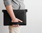 Universal folder laptop folio, notebook case // BERING // natural leather and wool felt (Black)