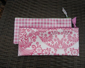 Set of 2 Zippered Oil Cloth Pouches--Pink Paisley Toile and Gingham Cosmetic Bags--Purse Organizer--pencil pouch teacher gift