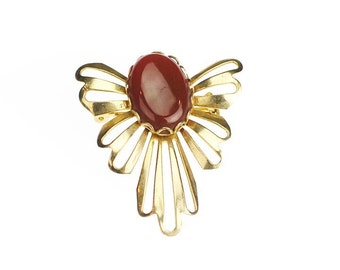 Carnelian Glass Cabochon with Gold Tone Ruffles Ribbons Vintage Brooch