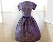Beautiful 1950s Peplum Dress MEDIUM / Full Skirt Dress / Floral Cotton Purple Blue Green / Short Sleeves Peplum Medium / Toni Todd