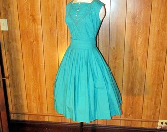 Gorgeous GREEN Full Skirted TEA Dress with RHINESTONE Buttons