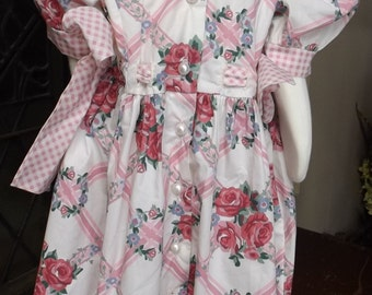 Darling cotton cabbage rose little girl dress size 5 1980